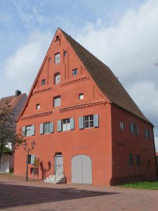 Museumsplatz 2 = Hindenburgstraße 15 - 2016-04-28