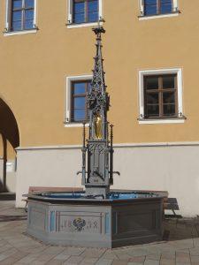 Rathausplatz - Marienbrunnen - 2016-04-28